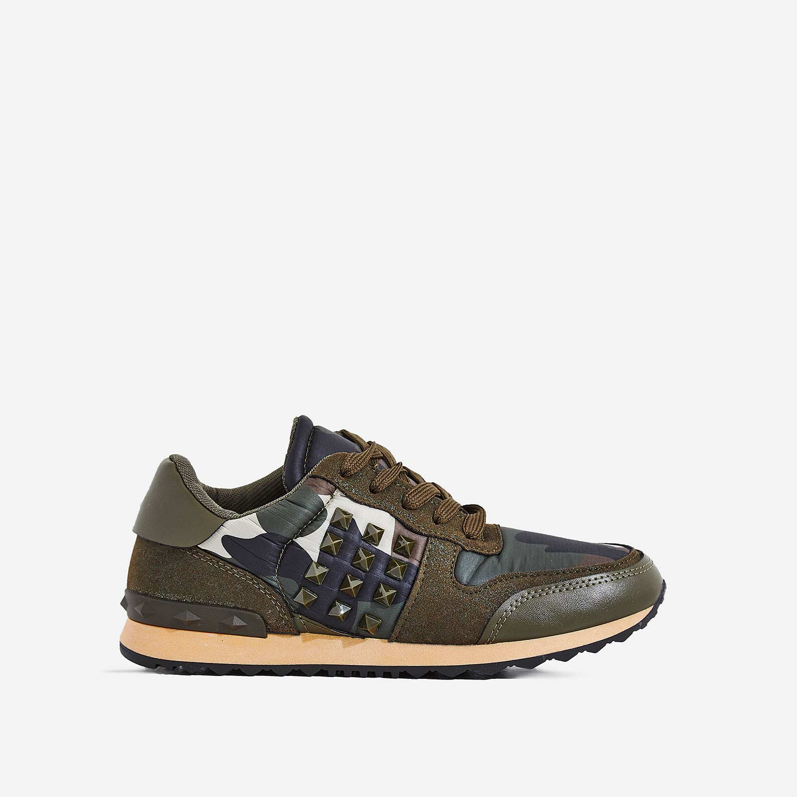 Camillo Studded Detail Trainer In Green Camouflage