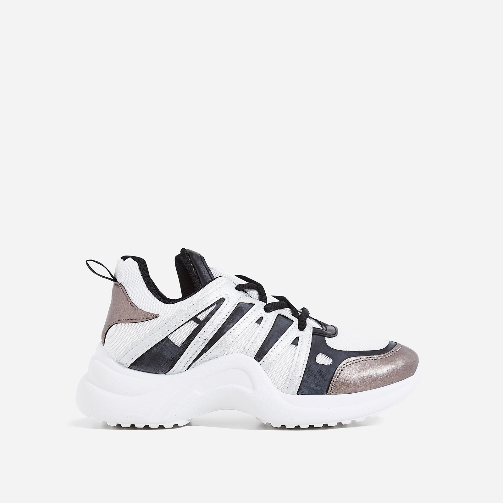 Nikki Wave Sole Trainer In White And Grey
