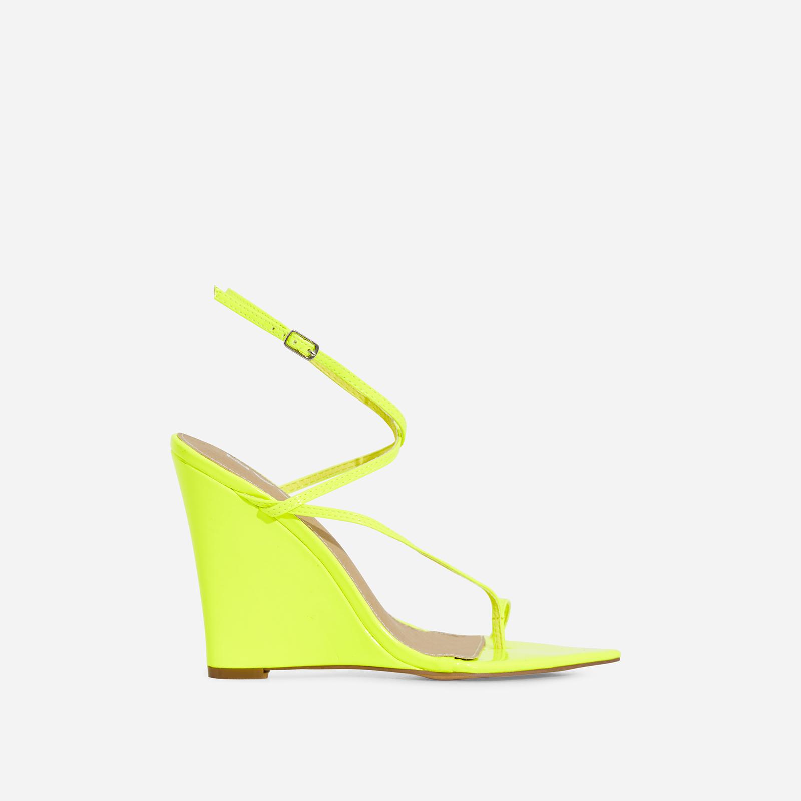 Melanie Toe Strap Wedge Heel In Lime Green Patent