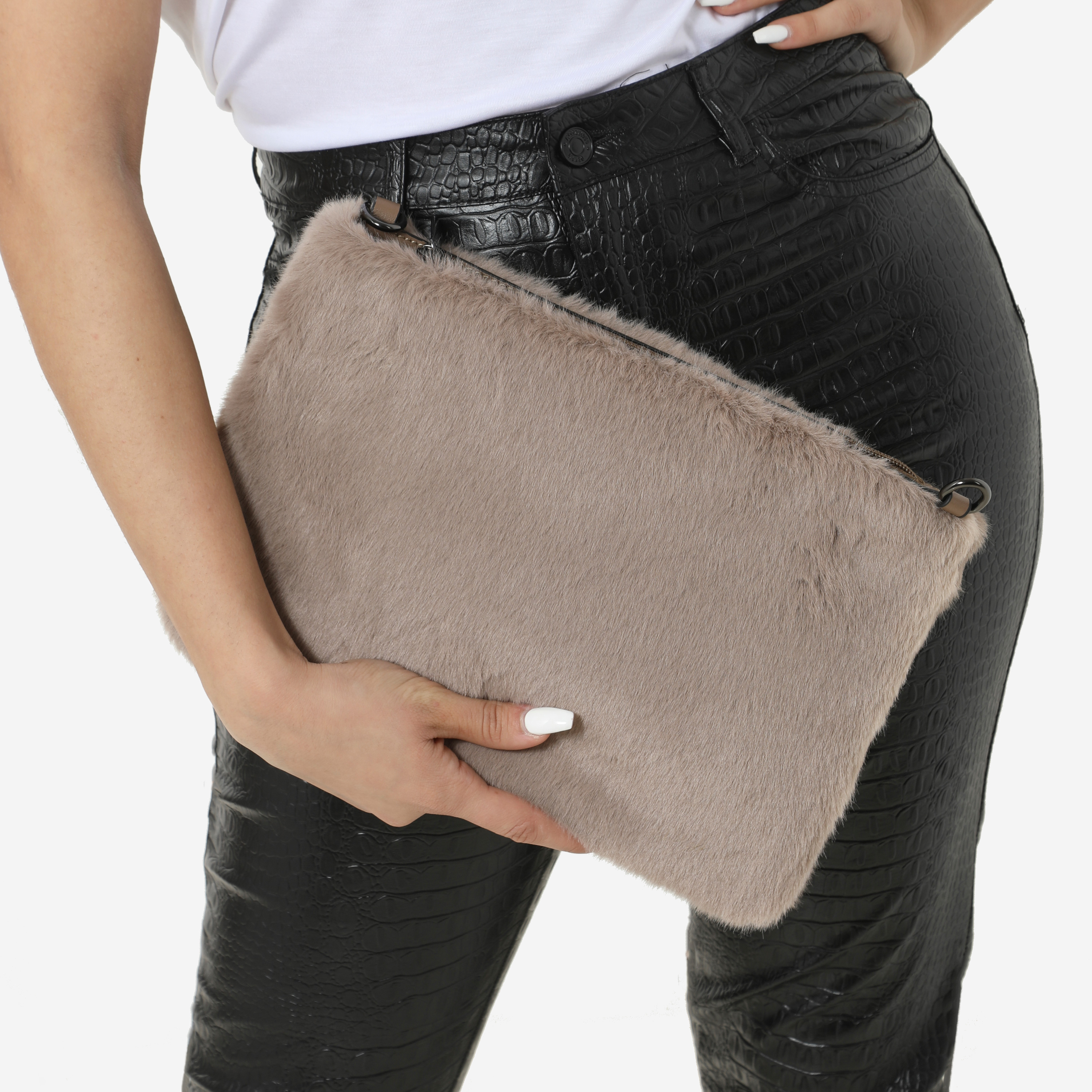 Clutch Bag In Taupe Faux Fur