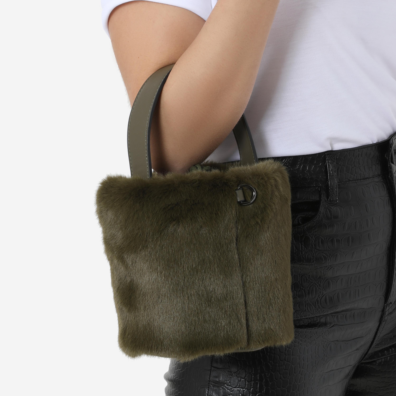 Bucket Bag In Green Faux Fur