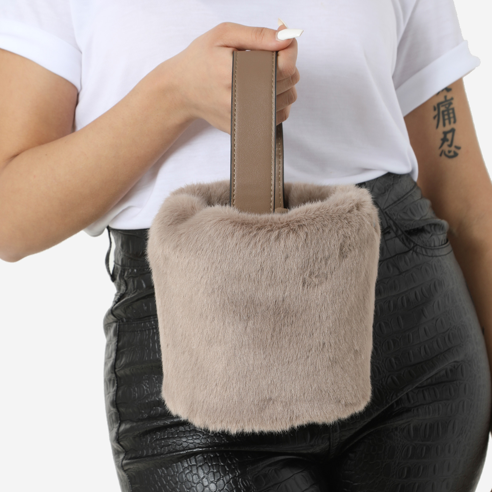 Bucket Bag In Taupe Faux Fur