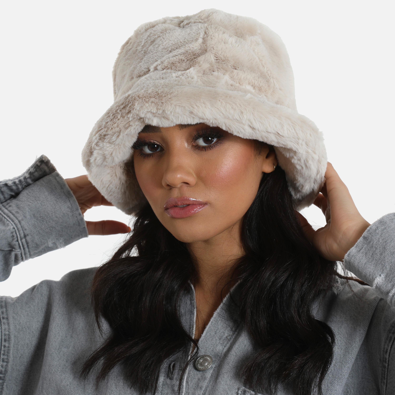 Bucket Hat In Nude Faux Fur